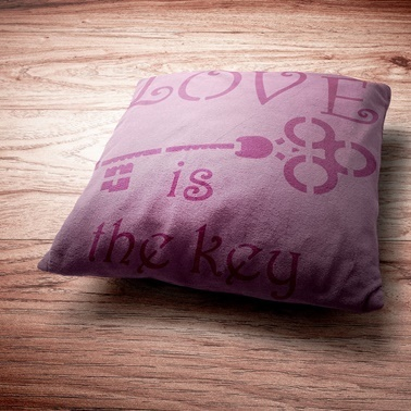 Artikel Love Stencil Tasarımı 30 x 30 cm Renkli